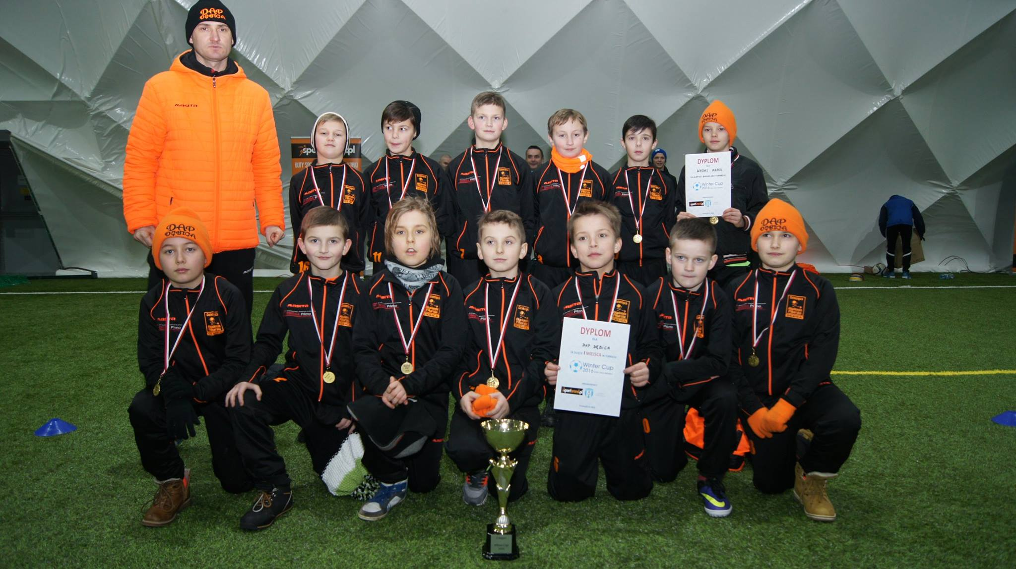 Zwycięstwo rocznika 2005 w turnieju Winter Cup w Hali Krosno.